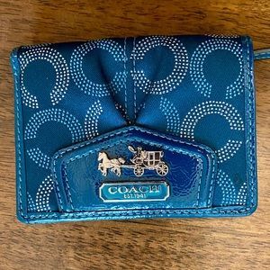 Adorable Coach Wallet in teal with Horse/carriage!